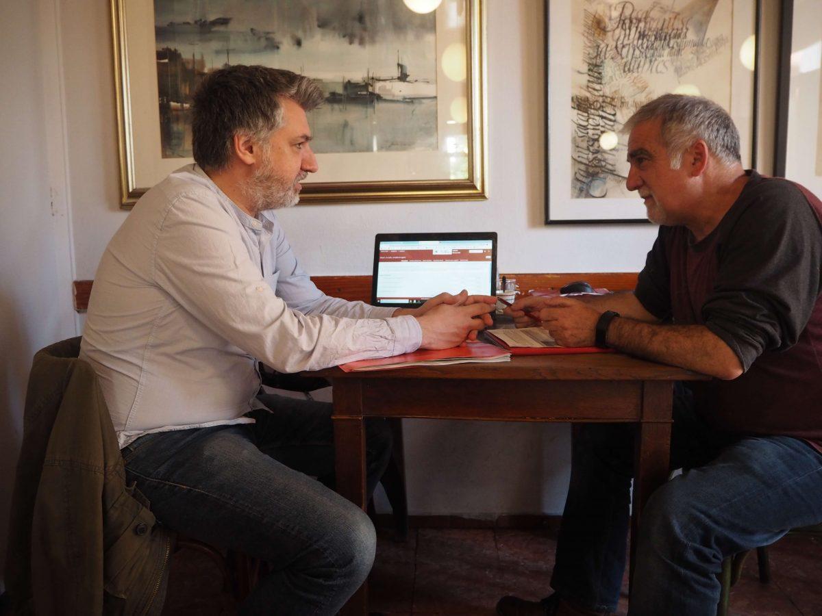 Balanç Social Malarrassa Javi de l'Ateneu Cooperatiu del Vallés Occidental i Miquel, fundador i periodista del diari Malarrassa
