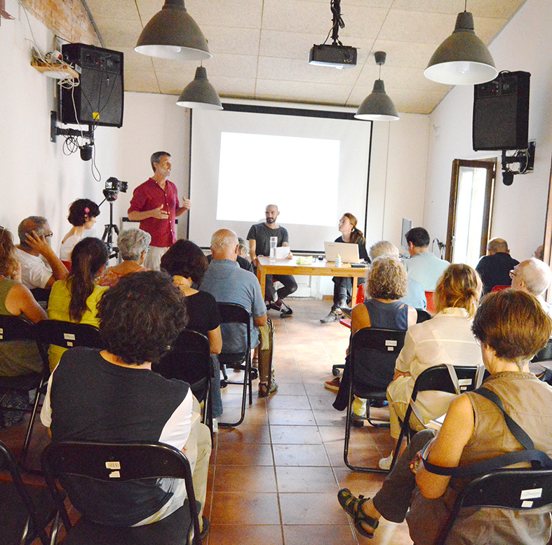 Neix una xarxa comarcal per potenciar l'habitatge cooperatiu